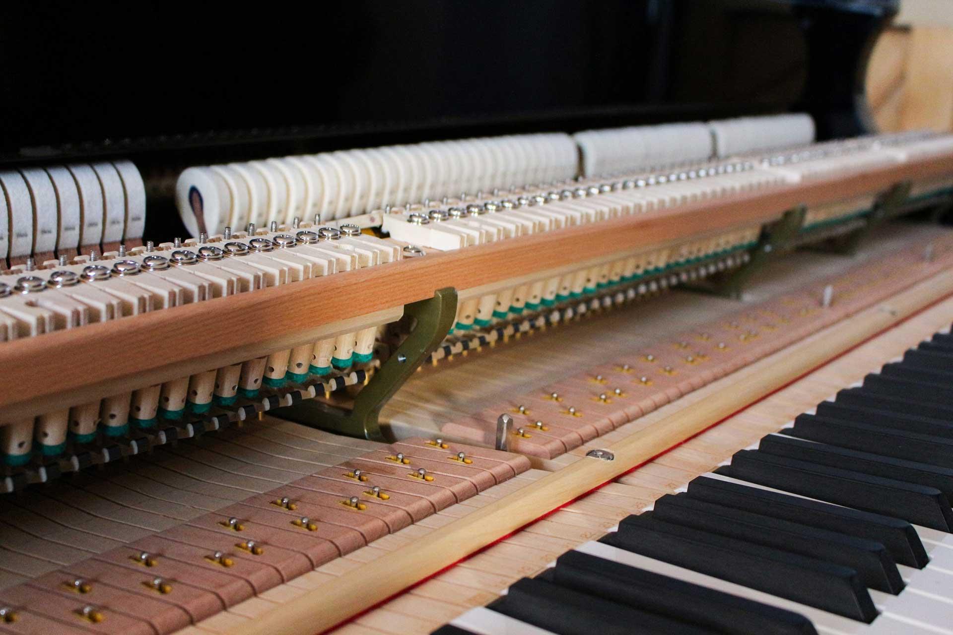 Klavierreparatur, Flügelreparatur